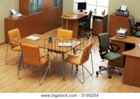 Modern And Light Office