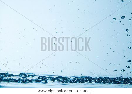 Image of bubbles underwater