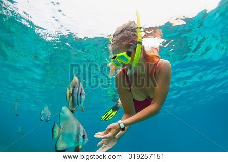 Happy Family - Girl In Snorkeling Mask Dive Underwater, Explore Tropical Fishes Platax ( Batfish). T