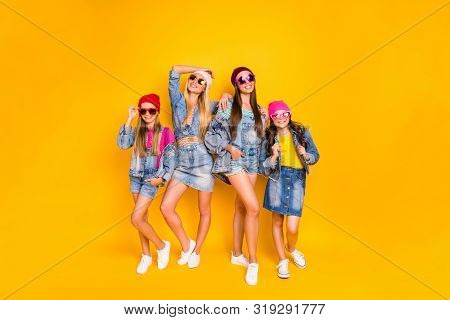 Full Size Photo Of Four Beautiful Pretty Colorful Fascinating Having Fun Streetstyle Fans Teen Young