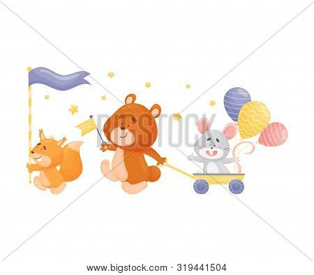 Cartoon Squirrel, Bear And Mouse At The Parade. Vector Illustration On A White Background.
