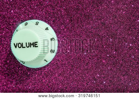 Glam Rock. Party Fun Glitz And Glamour Sound Volume Control. Pink Glitter Sparkle Finish On This Gui