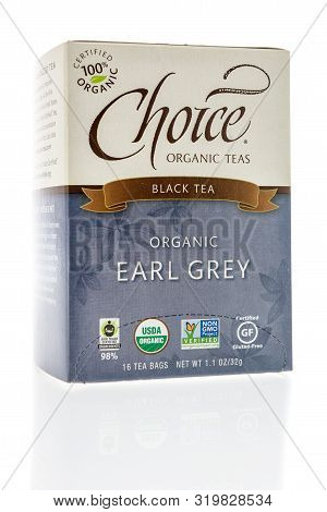 Winneconne, Wi - 14 August 2019 : A Package Of Choice Organic Black Earl Grey Tea On An Isolated Bac