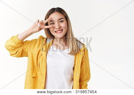 Motivated Charismatic Cute Asian Blond Girl Aim Victory Show Peace Disco Sign Eye Smiling Broadly, E