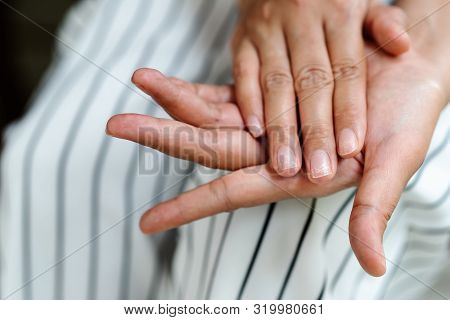 Brittle Damaged Nails After Using Shellac Or Gel-lacquer