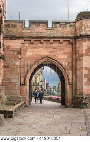 Carlisle, Cumbria, Uk, August 2020 - Ancient Gateway In The City Of Carlisle, Cumbria, Uk