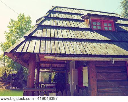 Stanisici, Bijelina, Bosnia And Herzegovina, 25 April 2021. Log Village Farmhouse. 19th Century Bosn