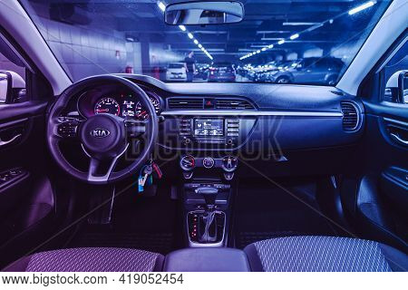 Novosibirsk, Russia - April 25 2021:kia Rio X-line, Salon Of A New Stylish Car, Steering Wheel , Das