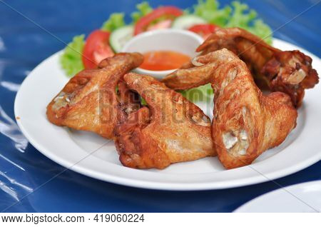 Fried Chicken ,deep Fried Chicken Or Grilled Chicken And Sauce