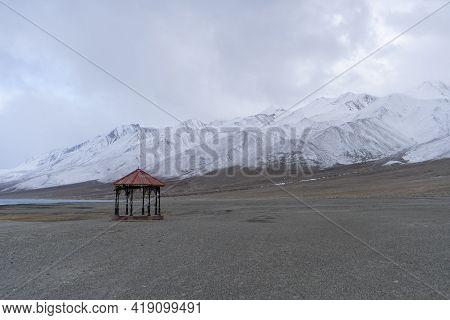 Pangong Tso, Tibetan For