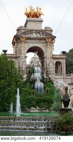 Barcelona, Spain - October 26, 2015: Ciutadella Park Fountains In Barcelona. Famous Touristic Destin