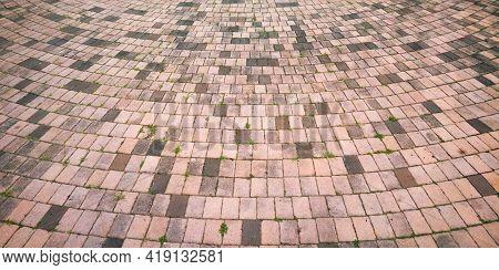 Cement Brick Floor With Circle Curve Form Arrangement