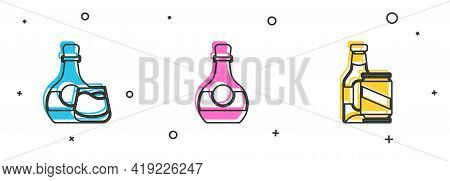Set Whiskey Bottle And Glass, Bottle Of Cognac Or Brandy And Beer Beer Can Icon. Vector