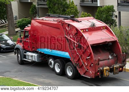 Garbage Truck Trash Waste Vehicle Junk Servise City