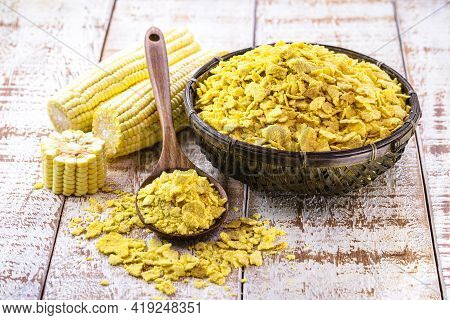 Brazilian Cornmeal In Flakes, Toasted And Dried. Brazilian Culinary Ingredient