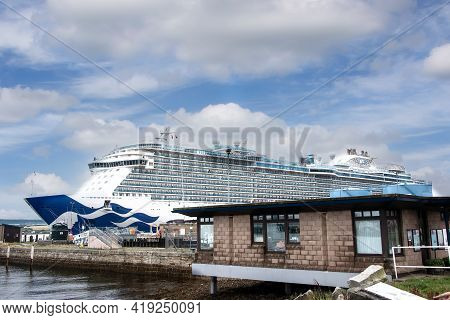 Cromarty Firth Port Authority, Invergordon, Uk - August 13, 2018:  Princess Cruise Lines, The Royal