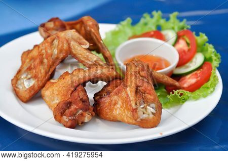 Fried Chicken ,deep Fried Chicken Or Grilled Chicken With Dip