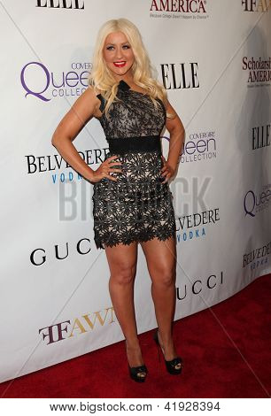 NEW YORK - MAY 01:  CHRISTINA AGUILERA arriving to 2nd Annual Mary J. Blige Honors Concert  on May 1, 2011 in New York, NY