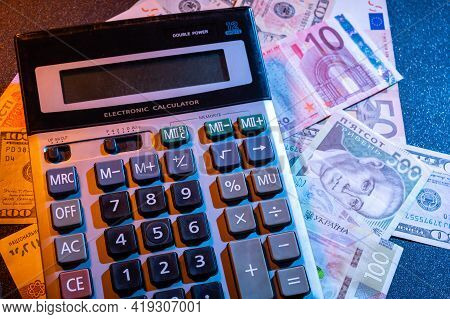 Money Calculator. Calculator And Different Currencies. Count Your Money. Top.