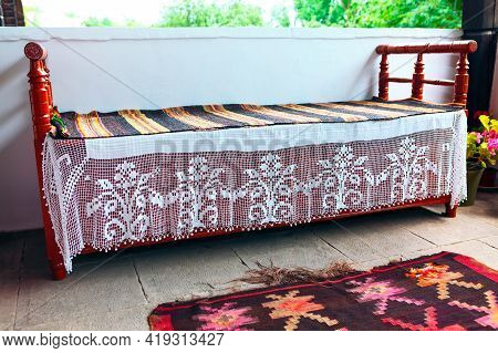 Bedroom With Summer Vibe Decorated With Traditional Carpets