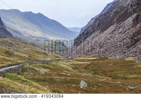 Wales, Great Britain - September 14, 2014: These Are The Wastelands And Mountains Of Snowdonia Natio