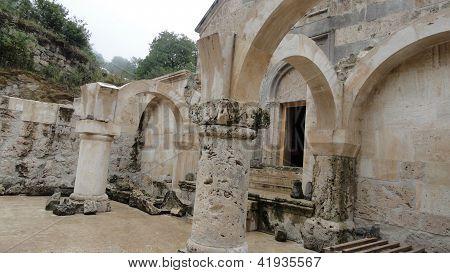 mystic columns, ruined church