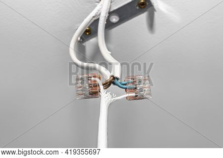 Cables From The Led Lighting Connected To The Power Supply In The Ceiling With A Quick Connector For