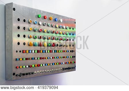 Various Shape And Colorful Push Button Such As Dial Switch Toggle Emergency Pilot Lamp Etc Of Electr