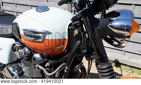 Bordeaux , Aquitaine France - 05 02 2021 : Triumph Bonneville Brand Logo And Text Sign On Fuel Tank