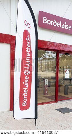 Bordeaux , Aquitaine France - 05 02 2021 : Bordelaise De Lunetterie Logo Brand And Text Sign Of Fren