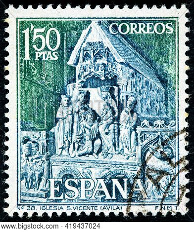 Spain - Circa 1968: A Stamp Printed In The Spain Shows Statuary Group From St. Vincent's Church Avil