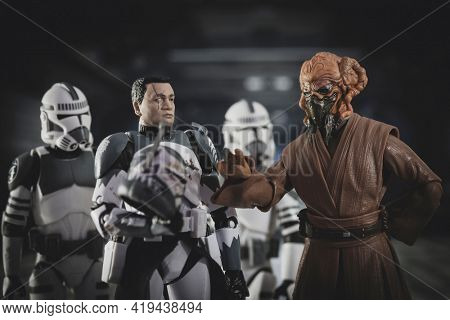 MAY 1 2021: Star Wars The Clone Wars General Jedi Plo Koon and Clone Commander Wolffe - Hasbro action figures
