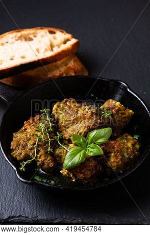 Food Concept Homemade Spot Focus Roasted Grilled Satay Beefs In Skillet Iron Pan With Copy Space