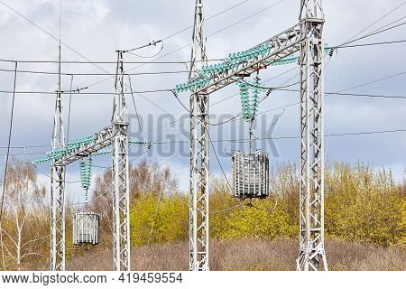 Two Substation Line Traps Electric Communication Or High Frequency Stoppers, Maintenance-free Parall