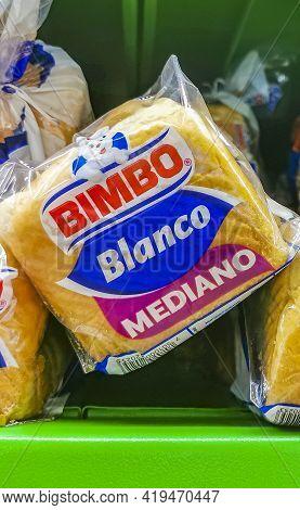 Bimbo White Toast Bread Blanco Mediano Packaging Supermarket In Mexico.