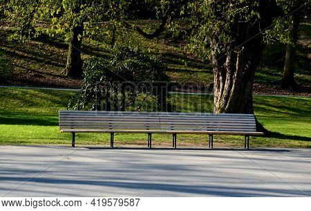 Garden Park Bench Metal Comfortable With Construction With Ergonomic Curves Of Thin Wood Slats Witho