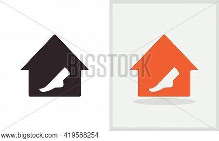 Leg House Logo Design. Home Logo With Leg Concept Vector. Leg And Home Logo Design