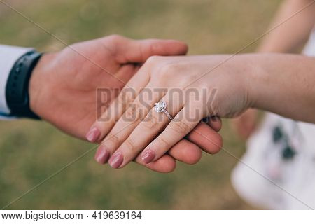 Hands Of The Groom And Bride Beautiful Couples Holding Hand White Hands New Picture Hand Ring Human