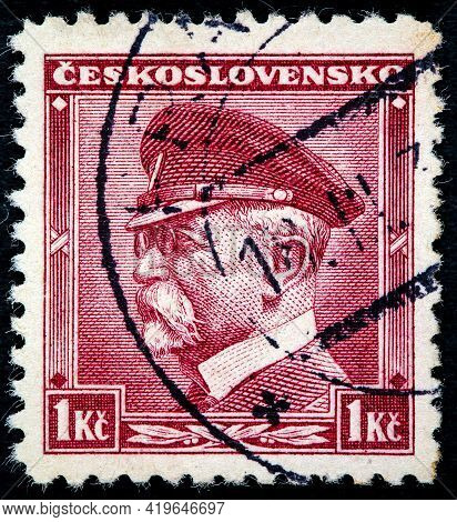 Czechoslovakia - Circa 1935: A Stamp Printed In The Czechoslovakia Shows The First President Of Czec