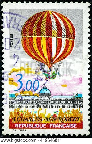 France - Circa 1983: Stamp Printed By France, Shows Second Ascension Of Man In The Atmosphere, Profe