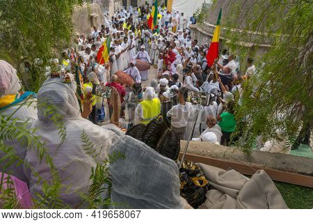 Jerusalem, Israel - May 01, 2021: Community Members Use Smartphones To Document The Traditional Pasc