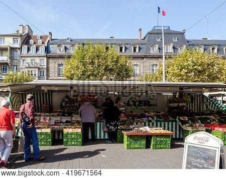 Strasbourg, France - Sep 22, 2017: People Curious Pedestrians Shopping From Foruti Vegetables At Far