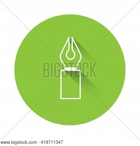White Fountain Pen Nib Icon Isolated With Long Shadow. Pen Tool Sign. Green Circle Button. Vector