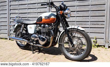 Bordeaux , Aquitaine France - 05 04 2021 : Triumph Bonneville T100 Bonnie 50 Th Anniversary Bike Fro
