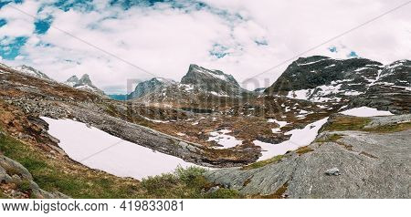 Reinheimen National Park, Norway. Lake Ovstevatnet In Mountains Landscape In Early Summer. Mountain