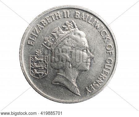 Anglia Dziesięć Pence  Moneta Na Białym Izolowanym Tle