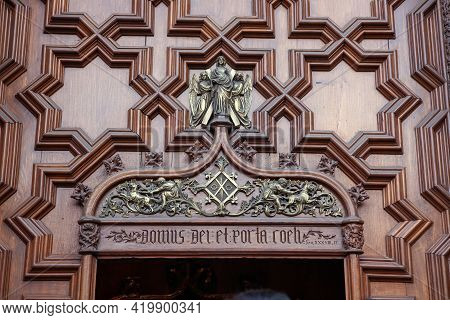 Detail The Door Of Cathedral Of The Holy Cross And Saint Eulalia In Barri Gothic Quarter In Barcelon