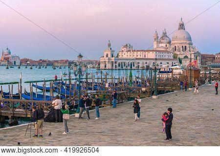 Venice, Italy - September 27, 2017: Early September Morning On Venice Quay