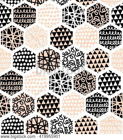 Hexagon Abstract Seamless Vector Pattern. Geometric Honeycomb Shapes With Hand Drawn Doodle Texture