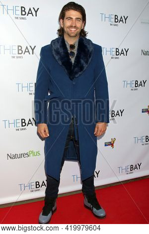 LOS ANGELES - MAY 8:  Swen Temmel at the The Bay's  Season Finale Screening at the Private Residence on May 8, 2021 in Los Angeles, CA